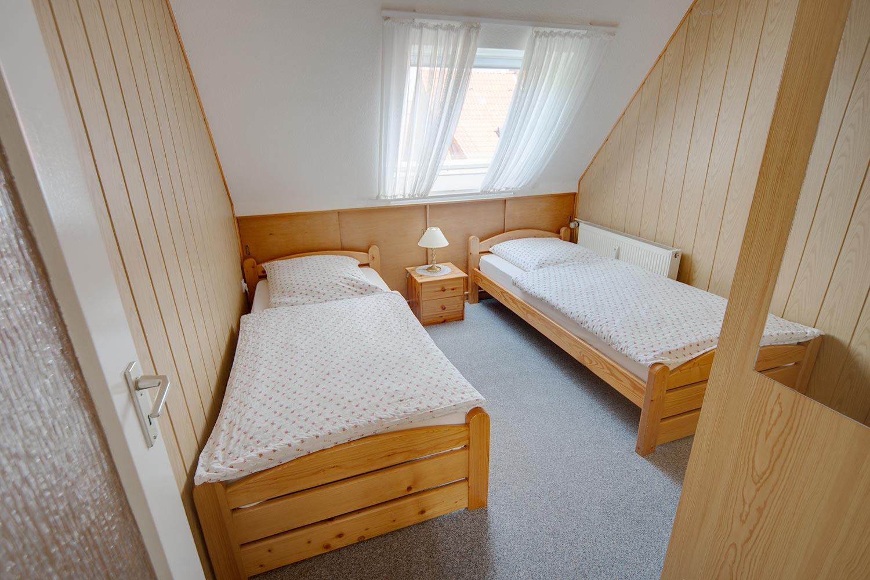 schlafzimmer ferienwohnung g ttingen. Black Bedroom Furniture Sets. Home Design Ideas